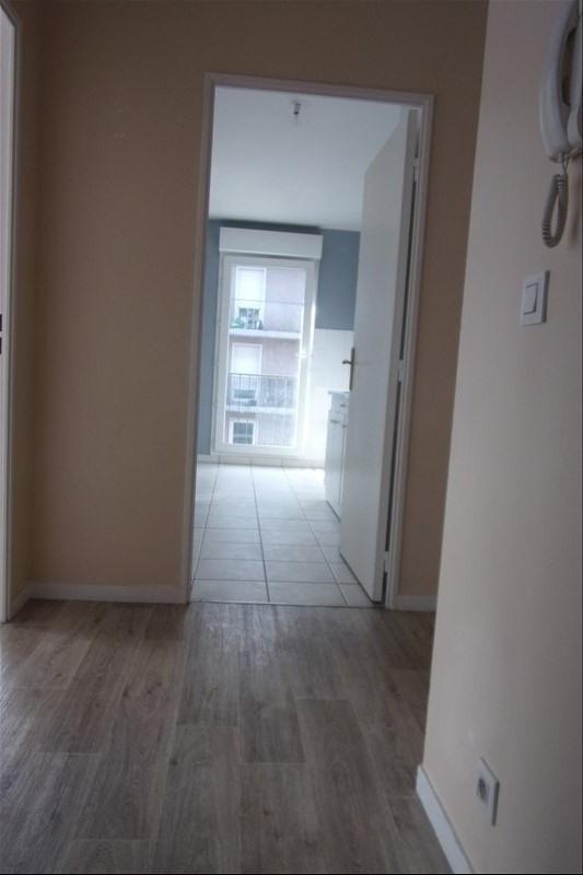 Rental apartment St denis 940€ CC - Picture 10