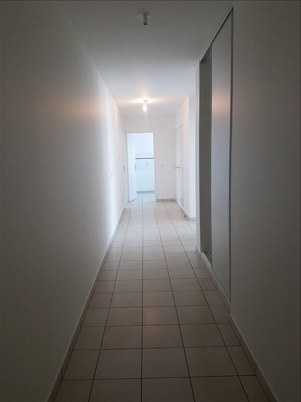 Location appartement St denis 869,37€ CC - Photo 6
