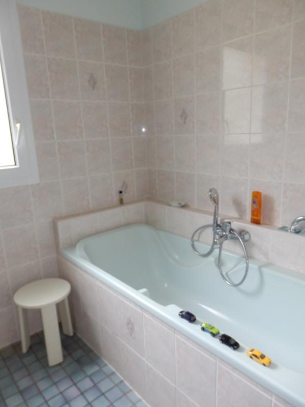 Sale house / villa Montreuil juigne 414500€ - Picture 12