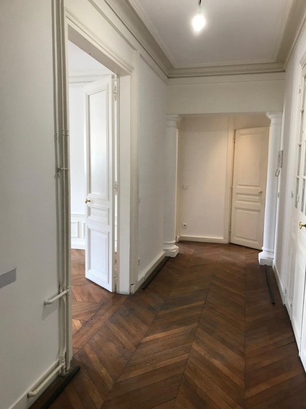 Location bureau Paris 8ème 5 000€ HC - Photo 5