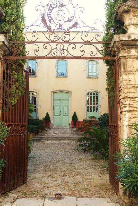 Vente de prestige maison / villa Bourg-saint-andéol 1133000€ - Photo 1