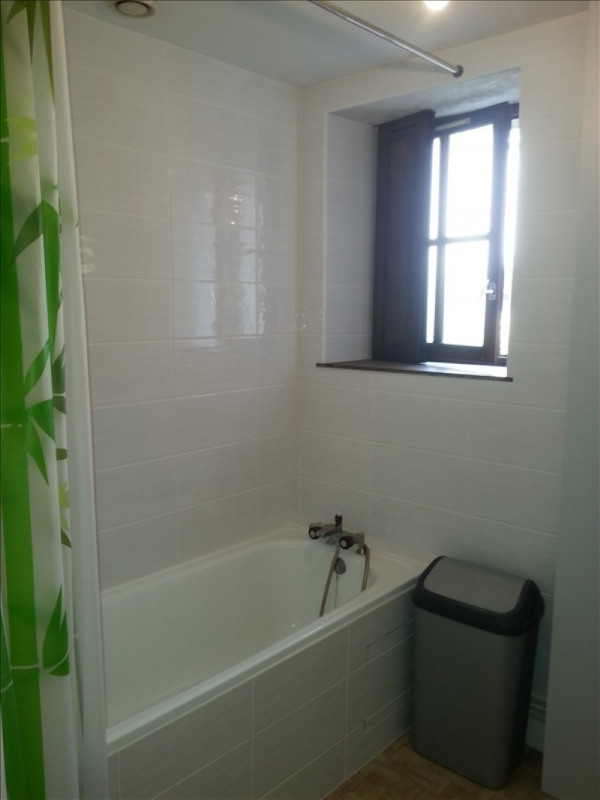 Location appartement Vendome 350€ CC - Photo 3