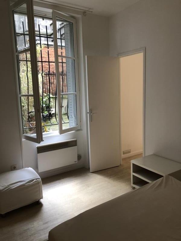 Vente appartement Paris 18ème 265000€ - Photo 2