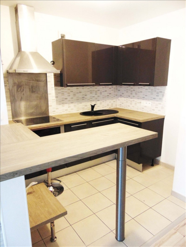 Location appartement La plaine st denis 1 370€ CC - Photo 3