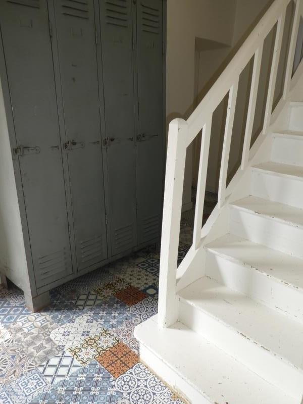 Sale house / villa Vallet 326900€ - Picture 2