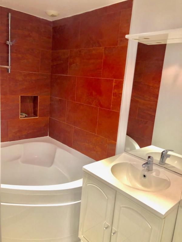 Rental apartment Paris 8ème 1650€ CC - Picture 6