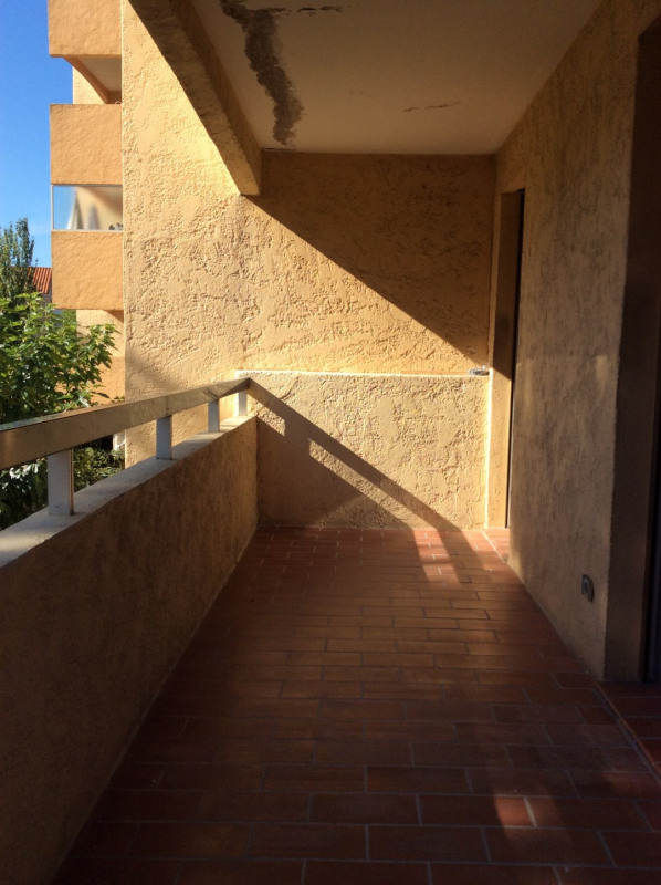 Rental apartment Fréjus 670€ CC - Picture 2