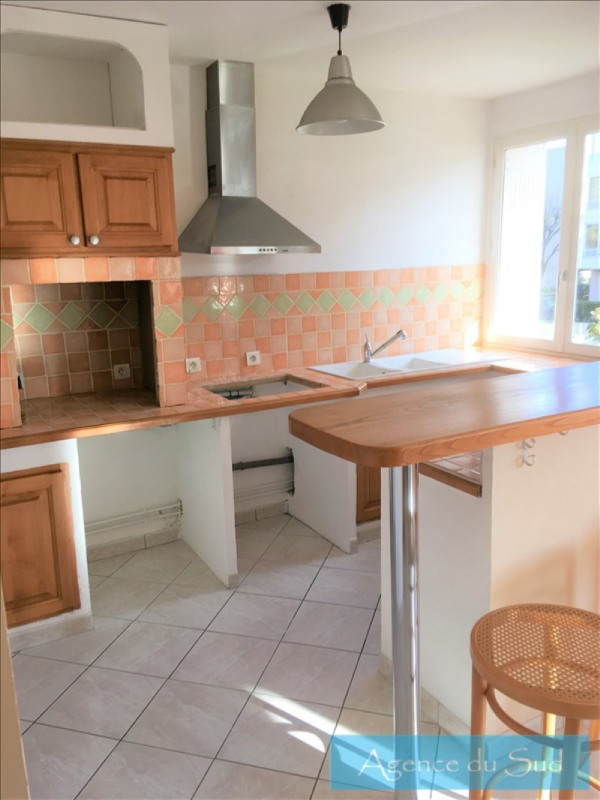Location appartement Aubagne 700€ CC - Photo 3