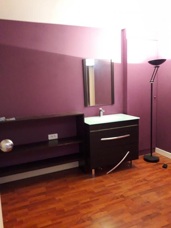 Location local commercial Roinville 670€ HT/HC - Photo 6