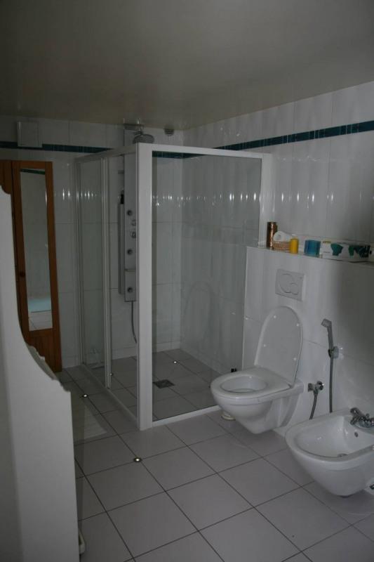 Deluxe sale house / villa Arthaz-pont-notre-dame 1690000€ - Picture 7