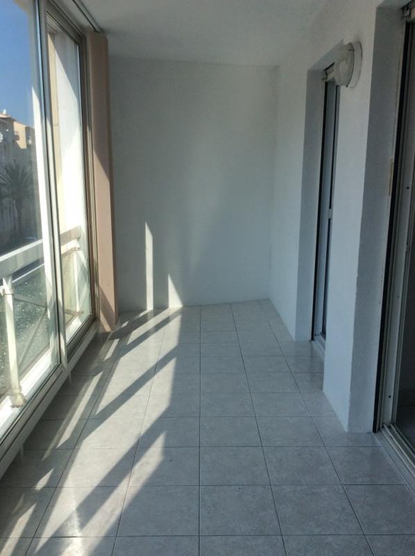 Location appartement Saint-raphaël 680€ CC - Photo 1