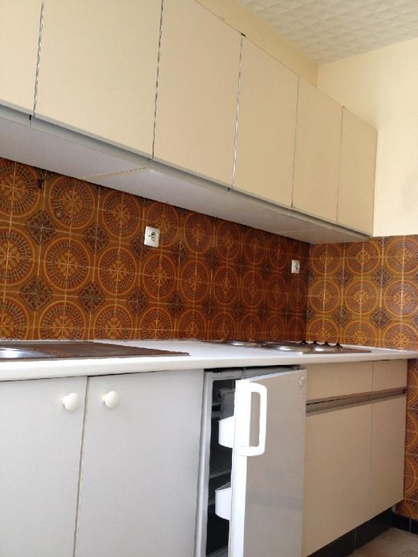 Sale apartment Bron 120000€ - Picture 3