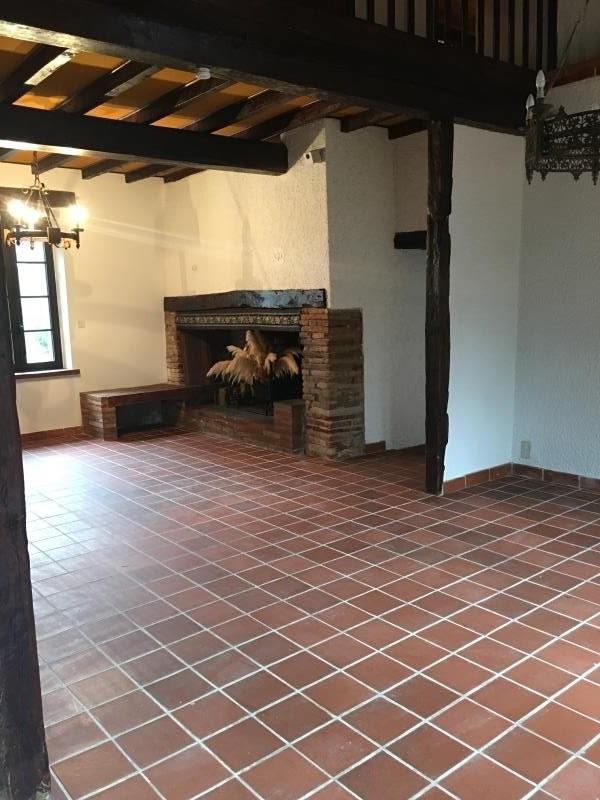 Location maison / villa Belbeze de lauragais 1090€ CC - Photo 3