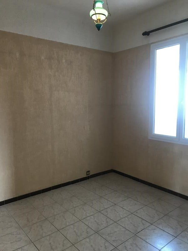 Sale house / villa Toulon 246000€ - Picture 5