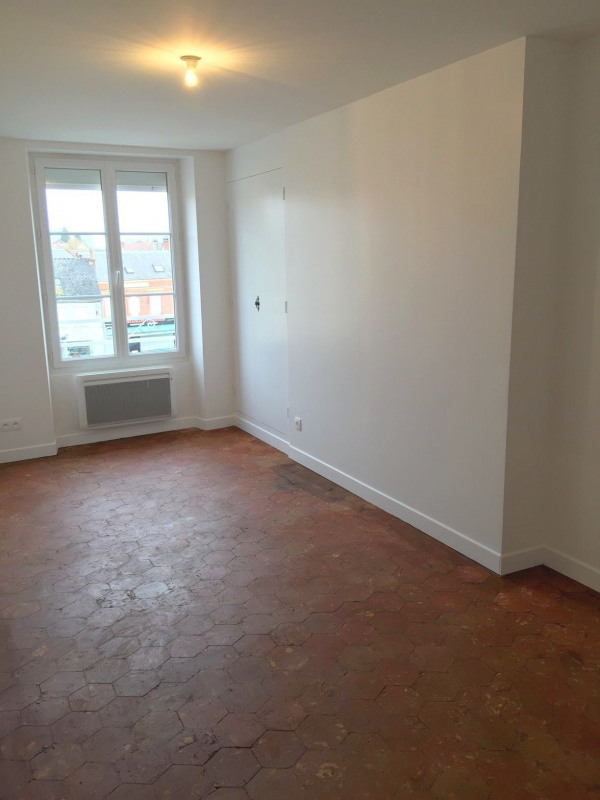 Rental apartment Neuilly en thelle 887€ CC - Picture 5
