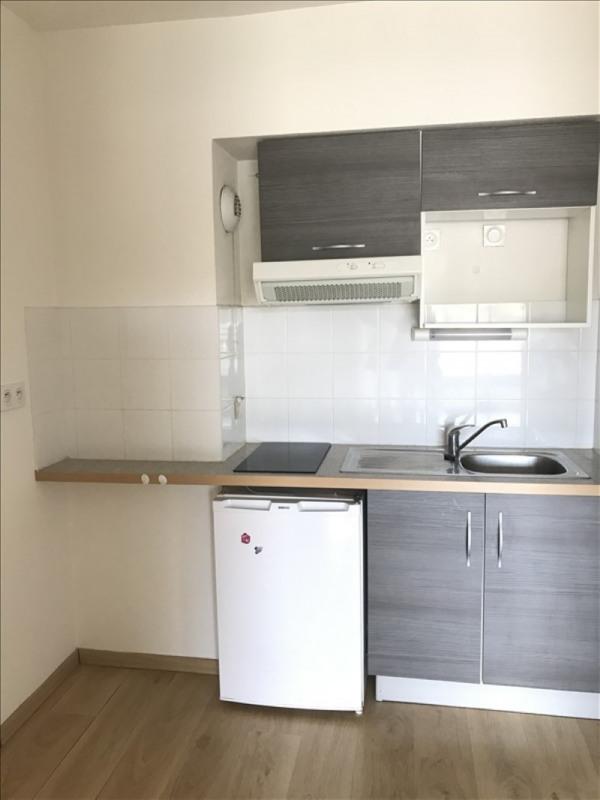 Location appartement Niort 481€ CC - Photo 2