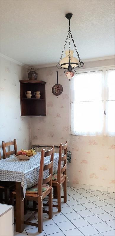 Sale house / villa La queue en brie 251000€ - Picture 2