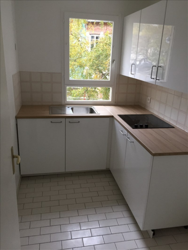 Rental apartment Garches 1 034€ CC - Picture 2
