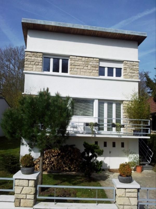Sale house / villa Etang la ville 719000€ - Picture 1