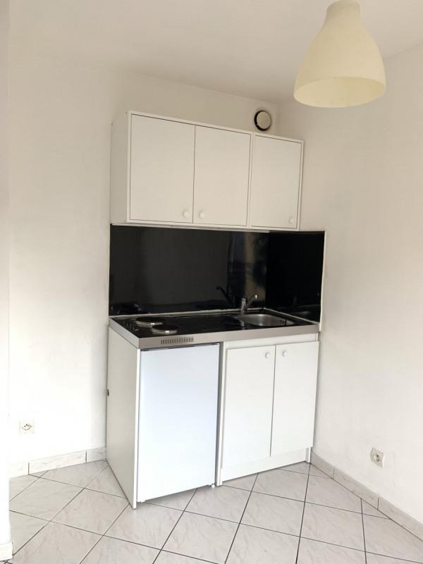 Rental apartment Sainte-geneviève-des-bois 520€ CC - Picture 4