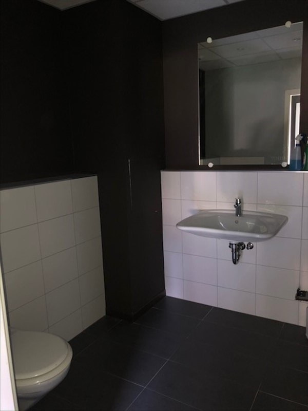Location local commercial Strasbourg 2 000€ HT/HC - Photo 11
