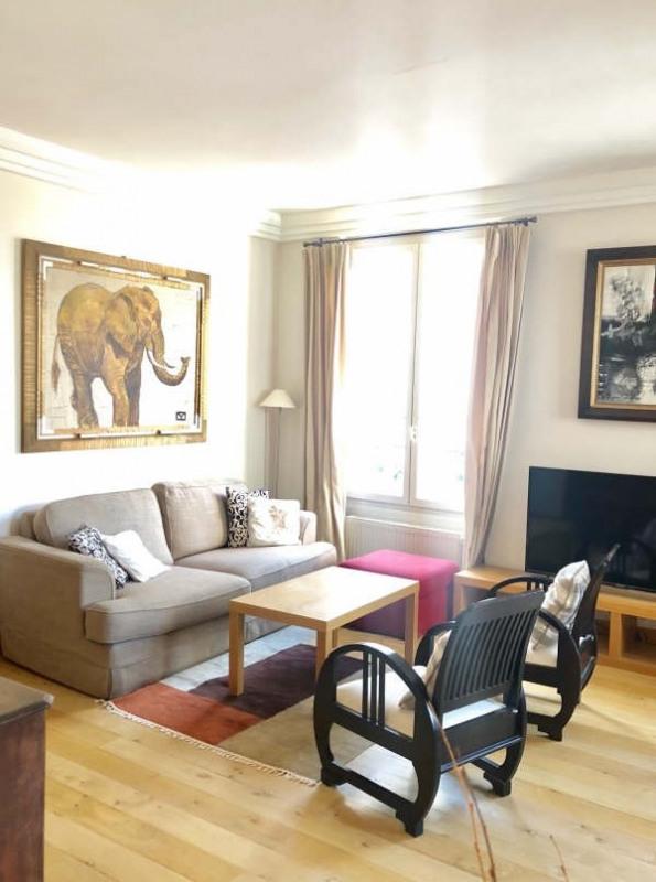 Rental apartment Paris 7ème 2600€ CC - Picture 1