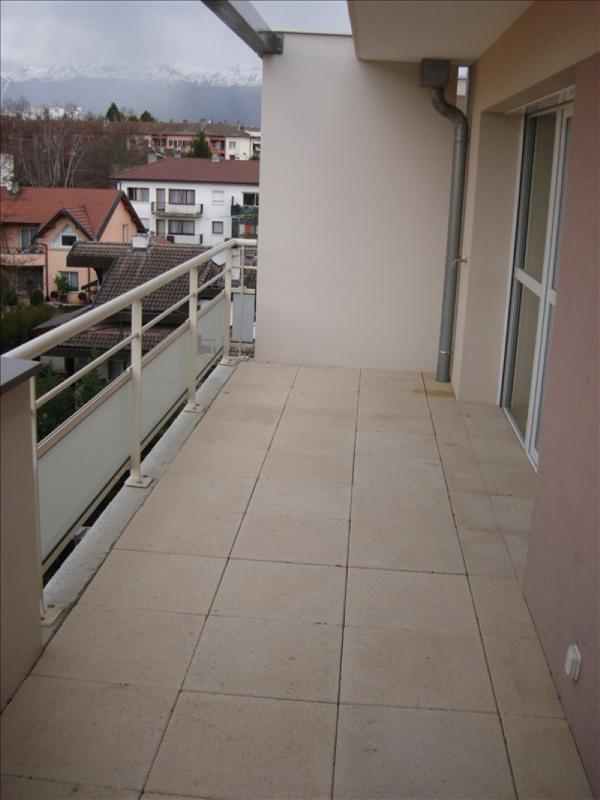 Location appartement Ferney voltaire 967€ CC - Photo 4
