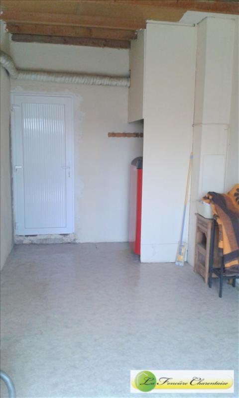 Sale house / villa Aigre 108000€ - Picture 14