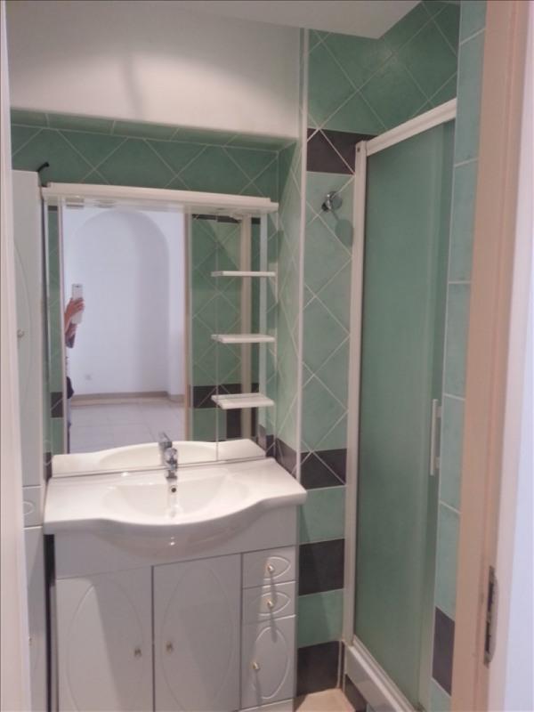 Location appartement Salon de provence 808€ CC - Photo 5