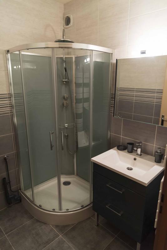 Location appartement Nantua 496€ CC - Photo 3