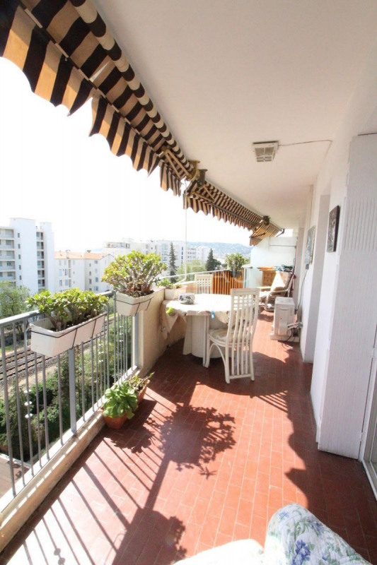 Vente de prestige appartement Juan-les-pins 174 000€ - Photo 10
