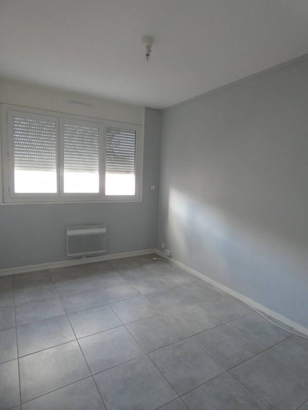 Location appartement Cognac 570€ CC - Photo 5