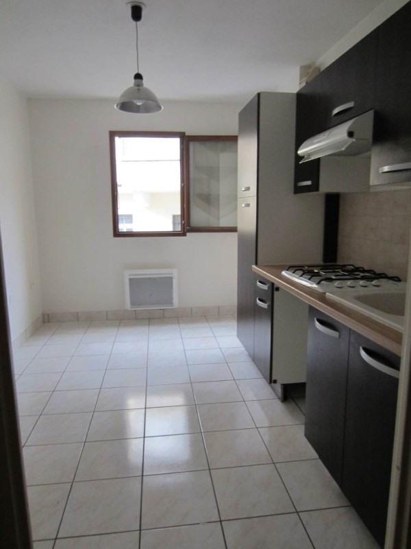Rental apartment La roche-sur-foron 705€ CC - Picture 4