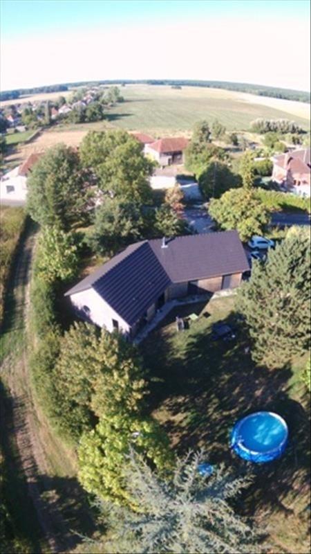 Sale house / villa La villeneuve-au-chene 215000€ - Picture 9