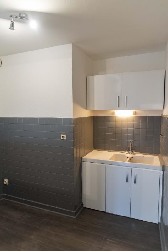 Rental apartment Montreal la cluse 395€ CC - Picture 6