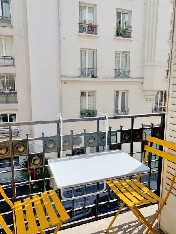 Sale apartment Paris 18ème 409000€ - Picture 3