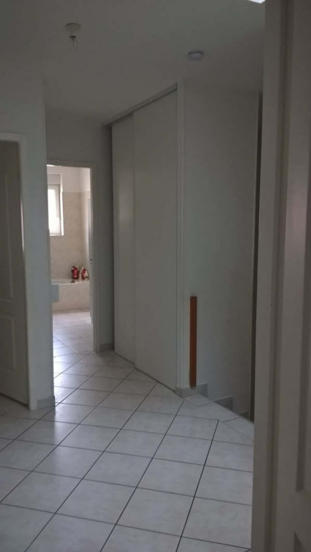 Rental apartment Saint jean de bournay 745€ CC - Picture 6