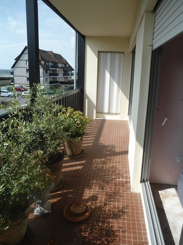 Revenda apartamento Tourgeville 360400€ - Fotografia 3