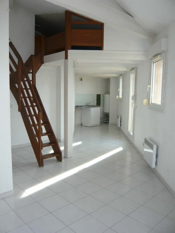 Rental apartment Aix en provence 684€ CC - Picture 3