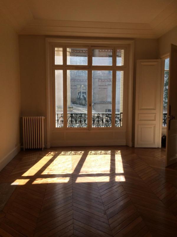 Location appartement Neuilly-sur-seine 4698€ CC - Photo 4