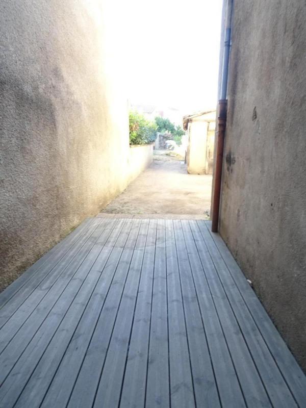 Location maison / villa Belleville 682€ CC - Photo 9
