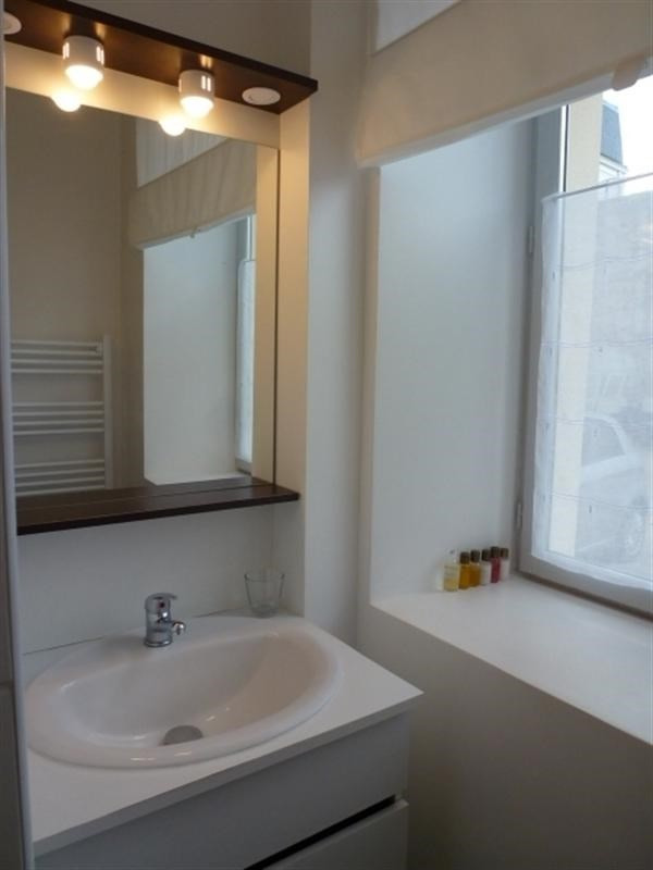 Location appartement Fontainebleau 910€ CC - Photo 12