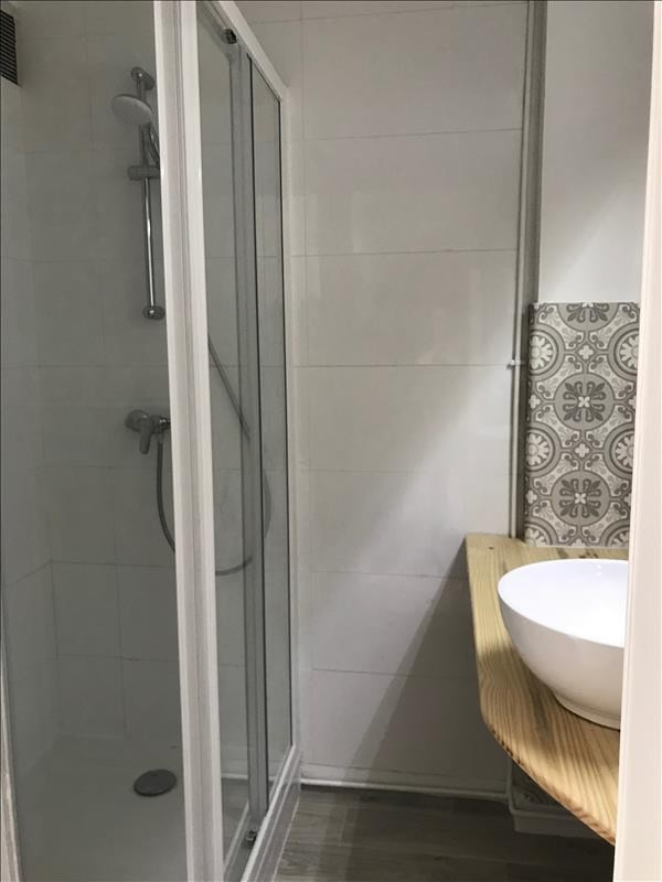 Location appartement Annecy 970€ CC - Photo 5