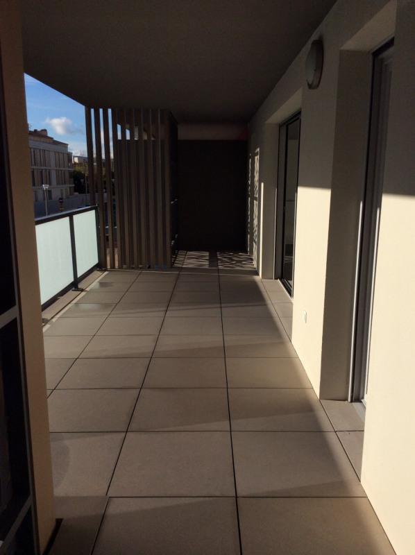 Rental apartment Fréjus 1265€ CC - Picture 2