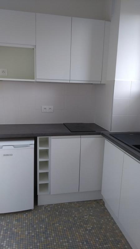 Location appartement Asnieres sur seine 735€ CC - Photo 5
