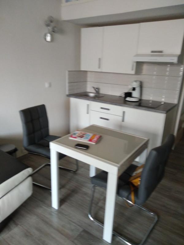 Location vacances appartement La ciotat 518€ - Photo 5