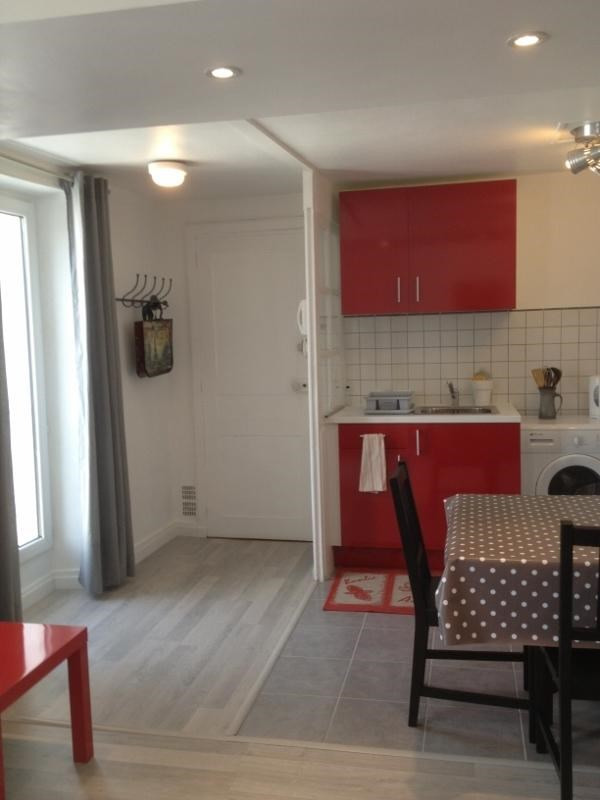Rental apartment Fontainebleau 842€ CC - Picture 1