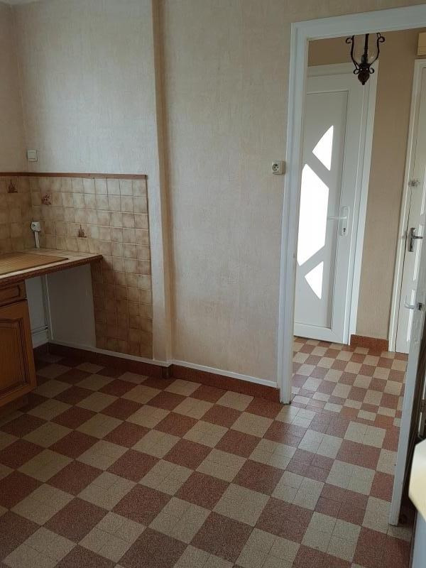 Location maison / villa Laval 650€ +CH - Photo 4