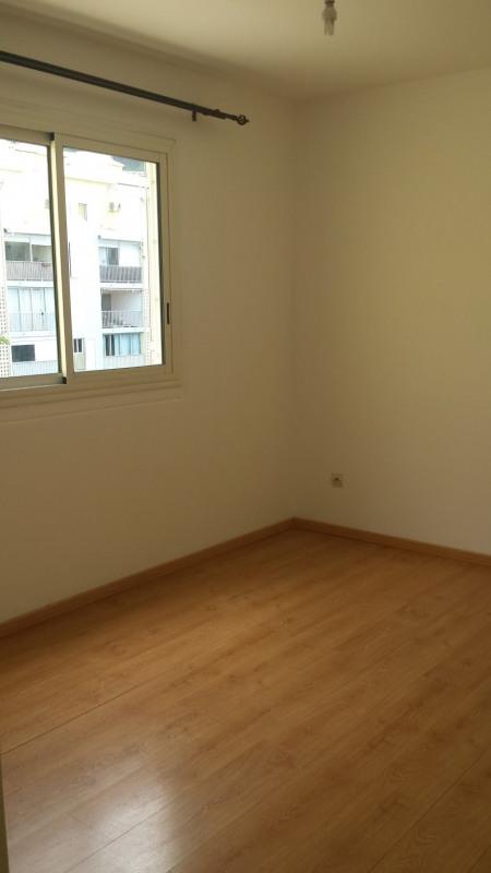 Location appartement St denis 760€ CC - Photo 9