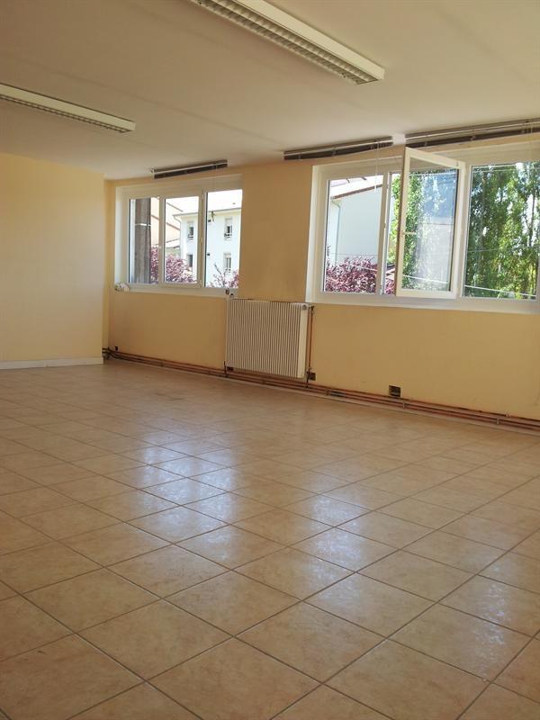 Location bâtiment Oyonnax 1800€ HC - Photo 5